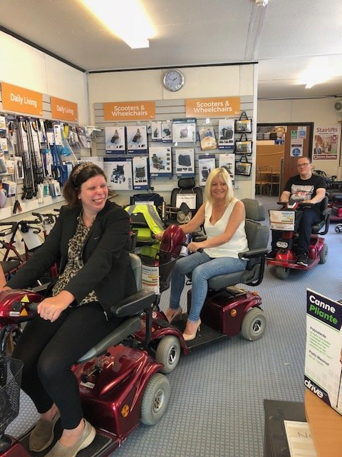The Dial Café team take a trip to Shopmobility